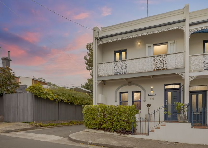 LEASED IN ONE DAY- Relaxed Alfresco Living In Renovated Victorian Terrace