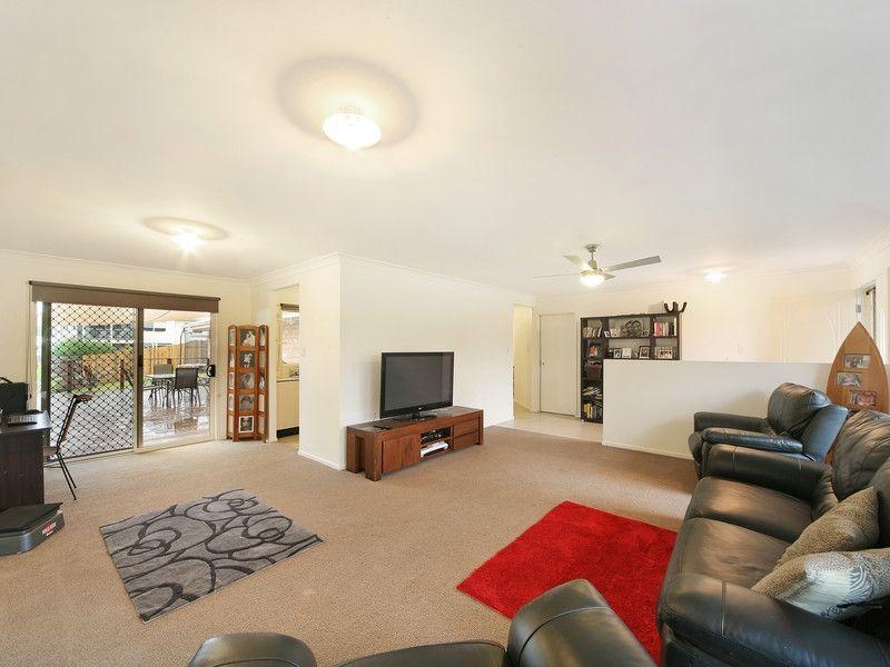 30 Kensington Drive, Cooroy QLD 4563