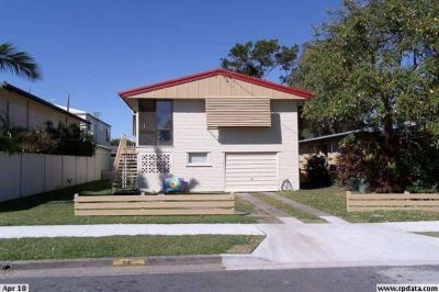 Homes Like This Are in High Demand! Close to Broadwater and on Res B Land!