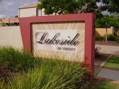 Modern 3 Bedroom Townhouse in Gated Complex