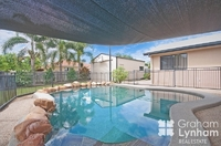 4 Bed, 2 Bay Shed + Pool