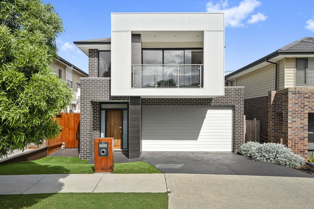 35 Dobie Court</br>North Geelong