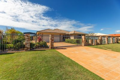BEAUTIFUL FAMILY HOME WITH 3 LIVING AREAS, POOL, SHED & SOLAR!