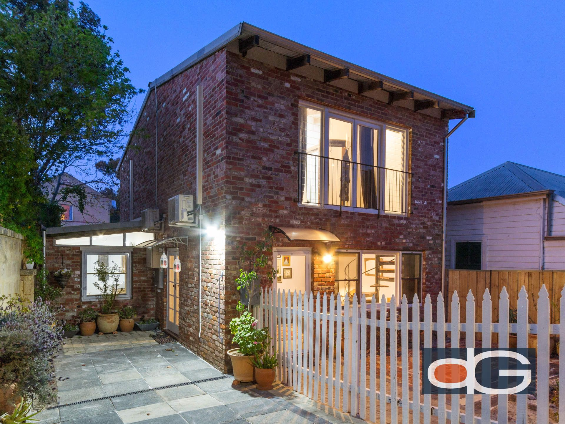 16a Knutsford Street, Fremantle
