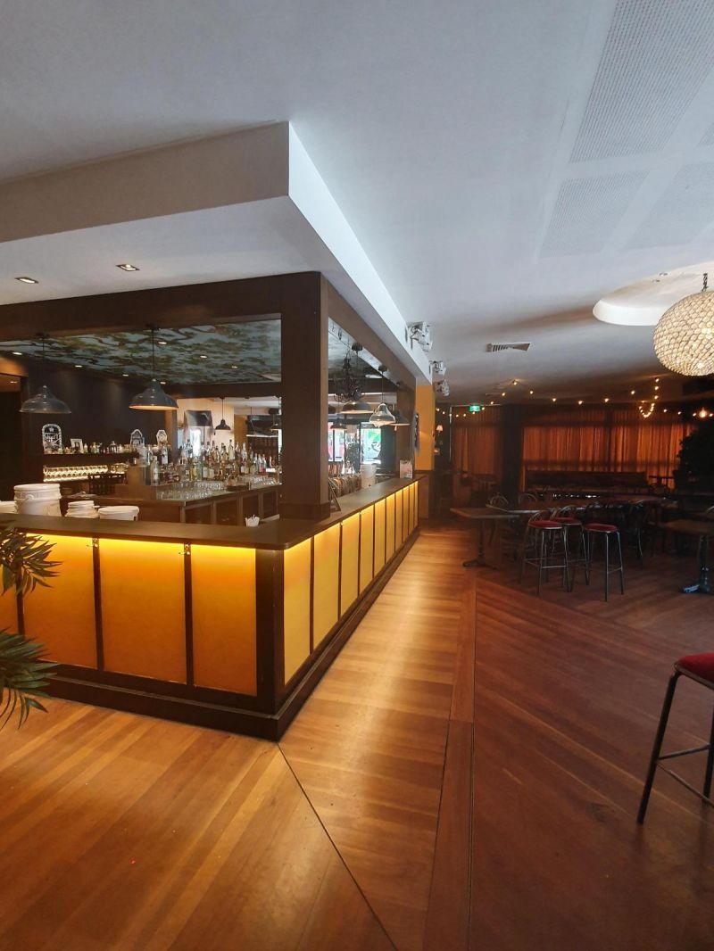 Ideal for Pub / Restaurant !