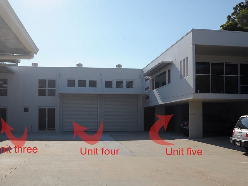 WAREHOUSE/ SHOWROOM FOR LEASE