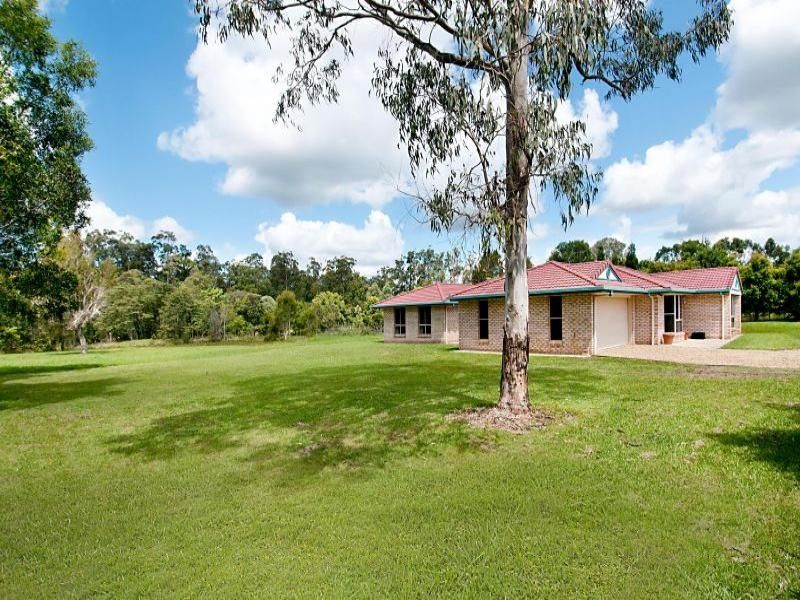 25 Highland Drive, Cooroy QLD 4563
