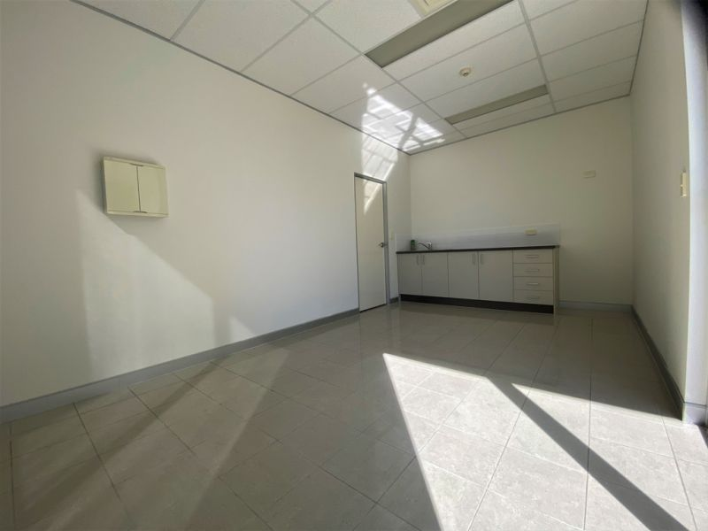 124 SQM* MODERN COMMERCIAL OFFICE