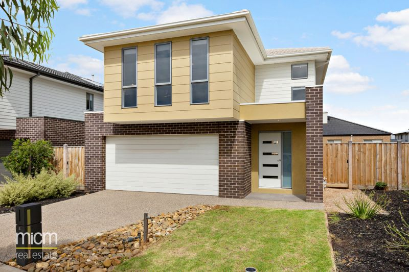 Sensational Family Living in Spacious Two-Storey Style