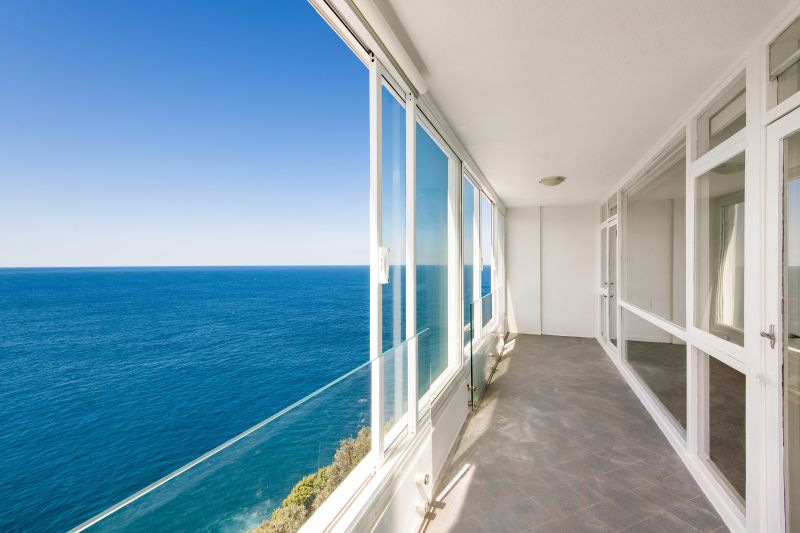 Elegant 3 Bedroom Apartment With Stunning Views.
