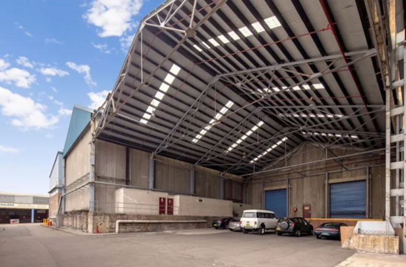 Large warehouse space in Alexandria !