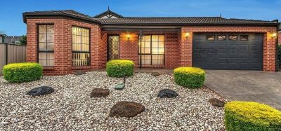 Solid brick veneer family home with plenty of room