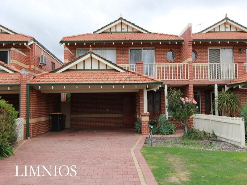 Perfectly located 3 bedroom townhouse!!