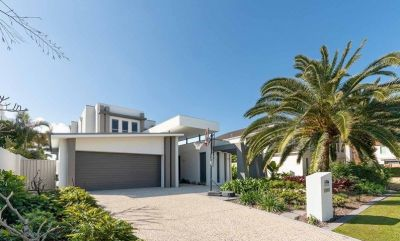 Incredible Value Nth Facing 21m Waterfront Luxury Home