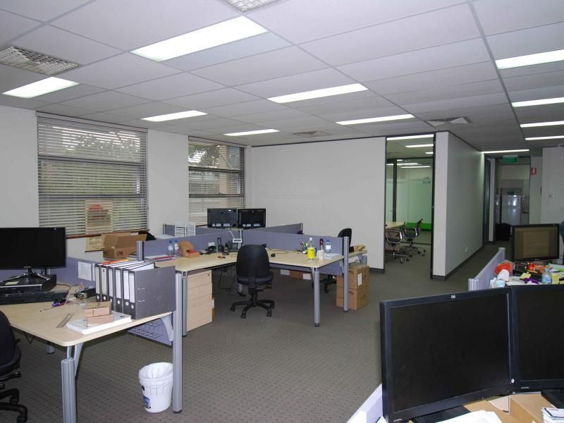 Bright, Modern and Airy Office