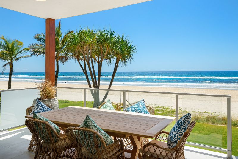 Life Made Easy - Brand New Absolute Beachfront