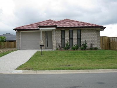 Available Now - New 3 Bedroom & Ensuite Family Home