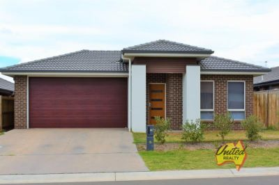11 Caswell Road, Spring Farm