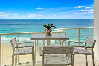 Absolute Beachfront 3 bedroom  La Sabbia