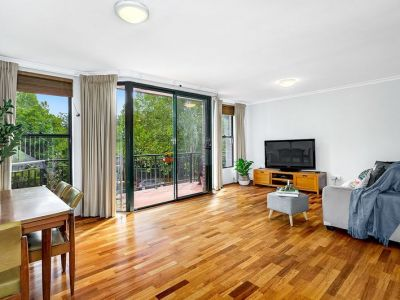 10/2 Williams Parade, Dulwich Hill