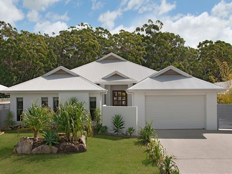 9 Attenuatta Place, Noosaville QLD 4566