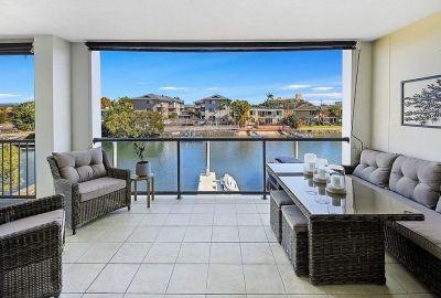 Modern Apartment with Marina Berth!