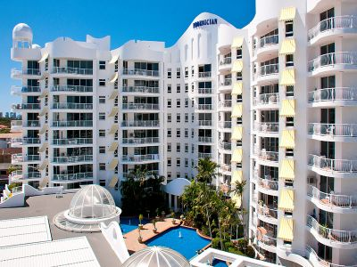 Heart Of Broadbeach!!  Furnished apartment