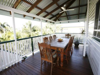 New Price - Queenlander charm in the centre of Townsville