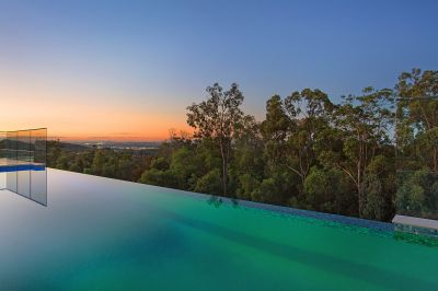 STUNNING SKYLINE OUTLOOK FROM IMPRESSIVE FAMILY RESIDENCE