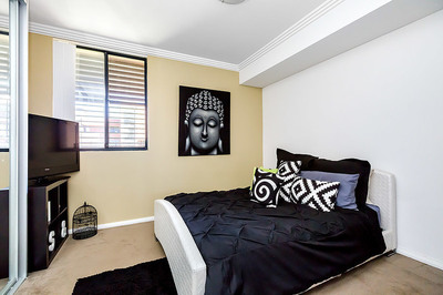 J208/27-29 George Street, North Strathfield
