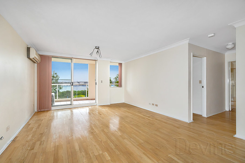 506/10 Wentworth Drive, Liberty Grove