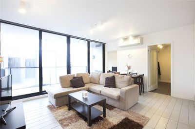 Lacrosse: 4th Floor - Charming Docklands Abode!