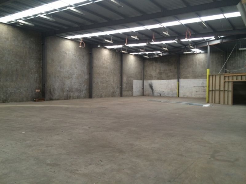 Warehouse Facility Available on Lear Jet Drive