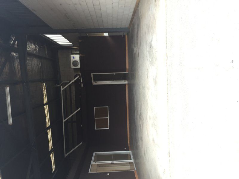 Excellent office & storage