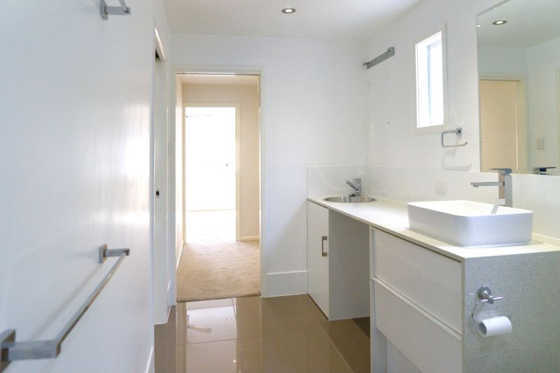 Private Rentals: Cannon Hill, QLD 4170