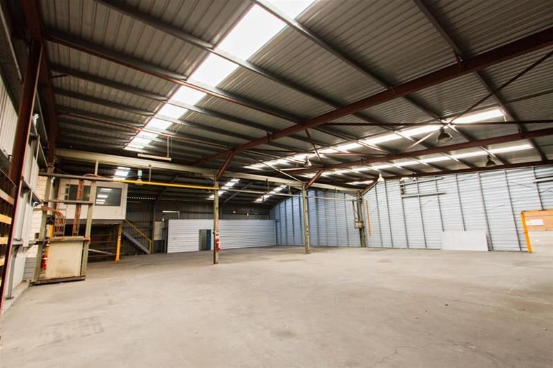 Large Warehouse - Large Power - Large Gas