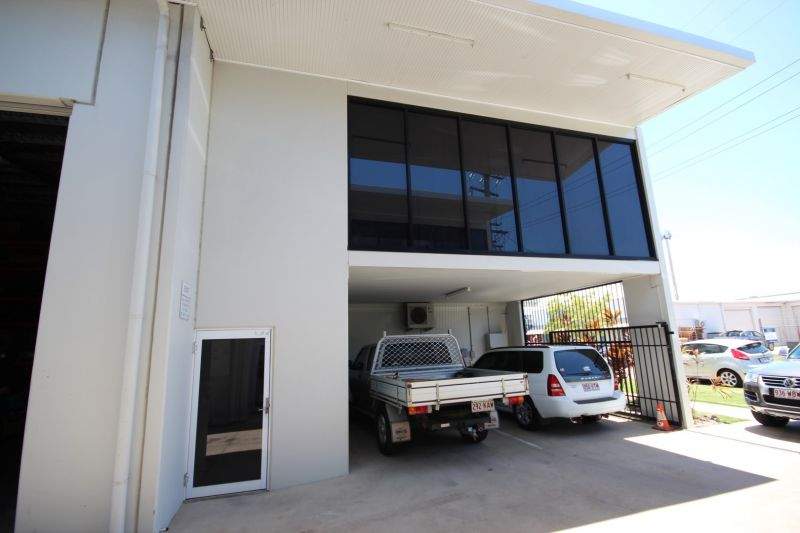 Quality Office and Warehouse Complex For Sale
