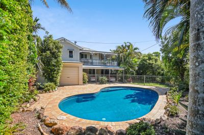 Stylish Beachside Queenslander