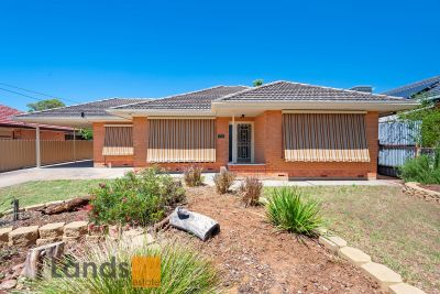 Triple Fronted Home on 713 Sqm Allotment