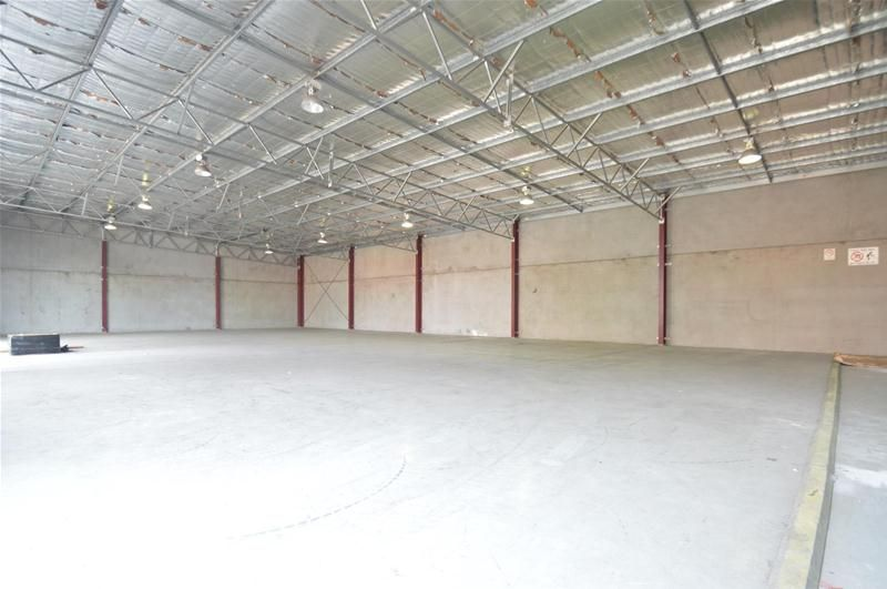 Stand-alone Warehouse with Office