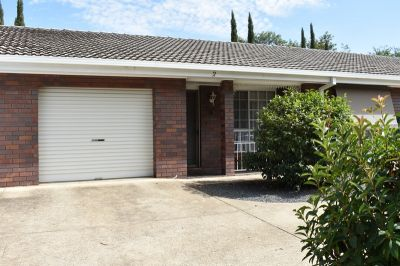 Immaculately presented, close to CBD