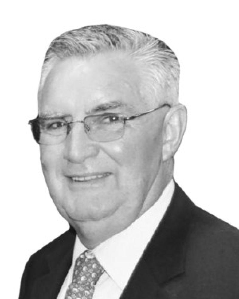 Lester Drew Real Estate Agent