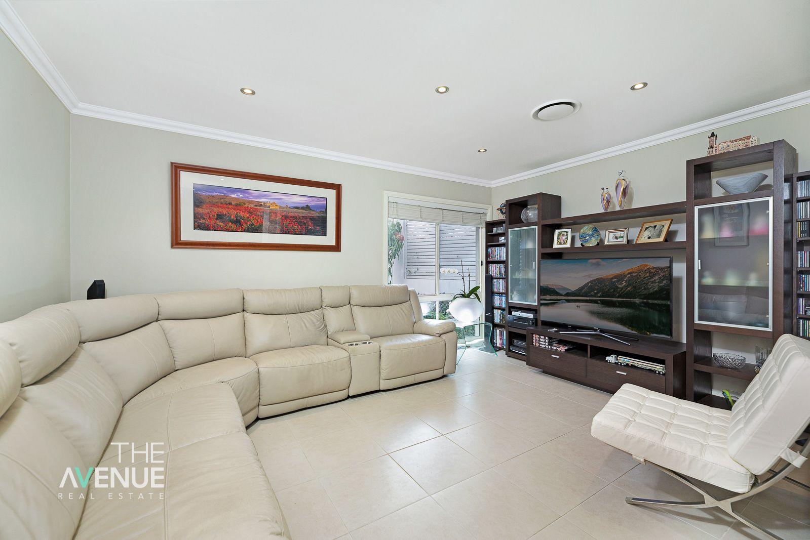 28 Springthorpe Way, Castle Hill NSW 2154