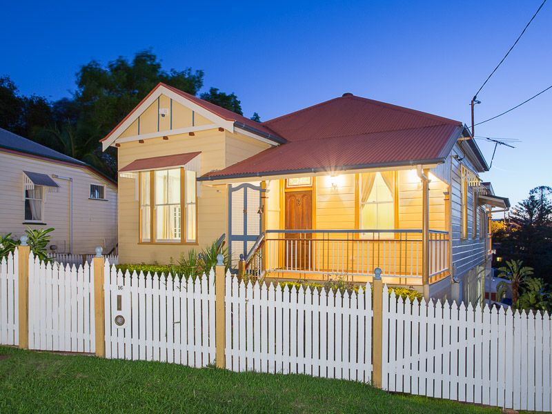 16 Bridge Street Red Hill 4059