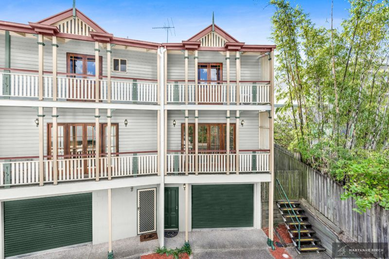 Hilltop Head-Turner  Nest or Invest! Open Home this Saturday 17 August  12:00pm to 12:30pm!