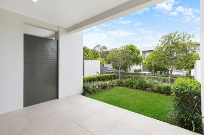 Robina Central Living - No Body Corporate, Incredible Value!