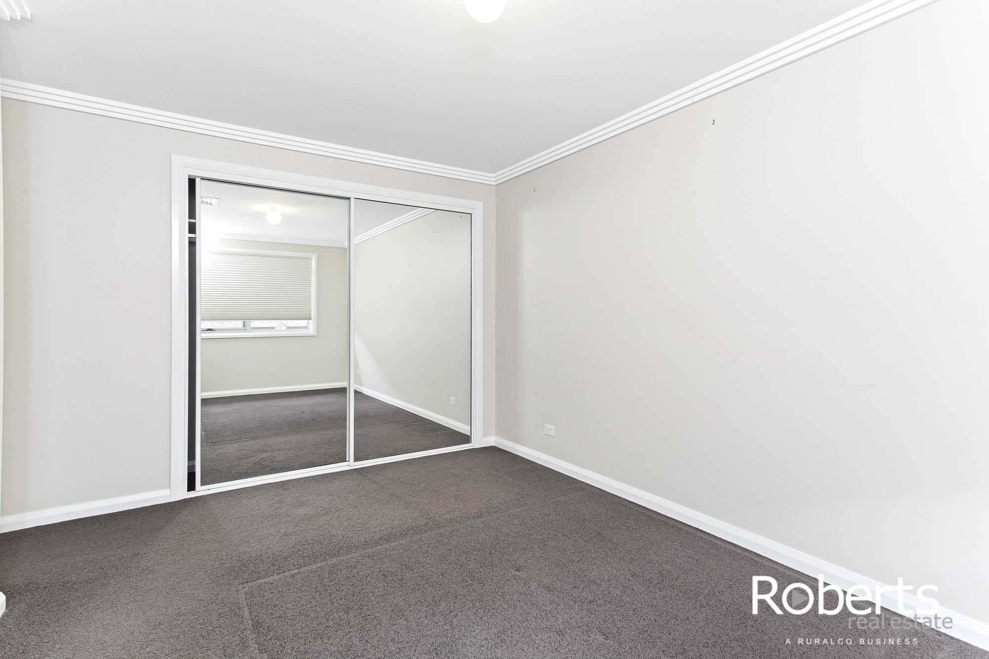 2 Westminster Way, Prospect