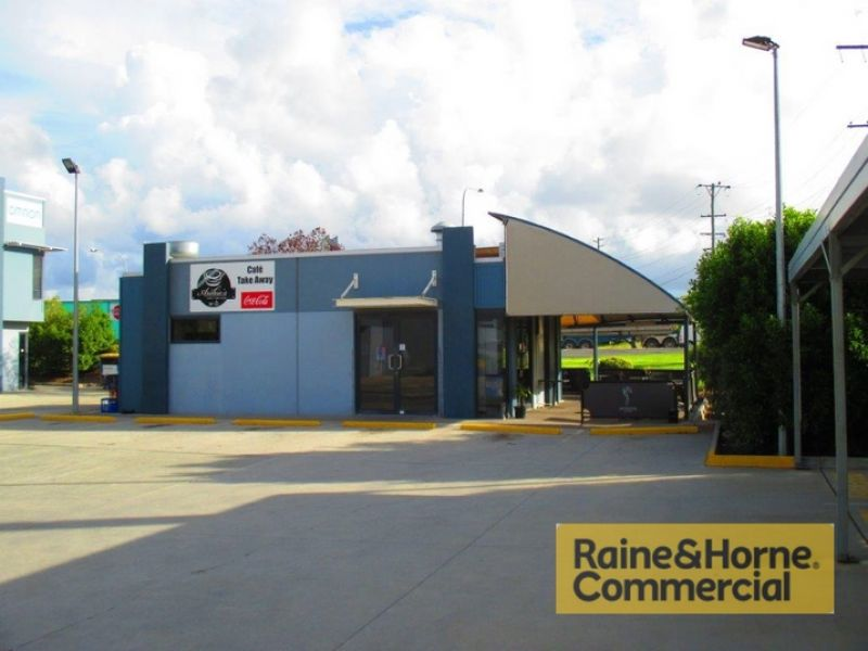 Air-Conditioned Warehouse with Exposure