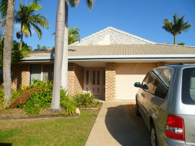 Annandale Giant - $399000