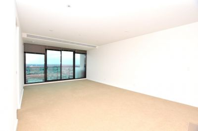 Australis: Fabulous Two Bedroom Apartment with Large Living Spaces!